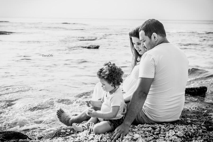 צילומי משפחה והריון בים | צילום: דנה אופיר